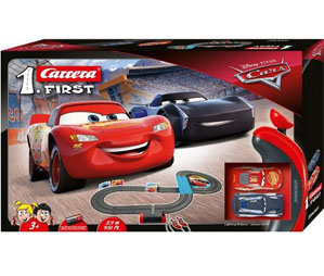 Tor wyścigowy Carrera Go FIRST Disney Cars 3 - 2,9m