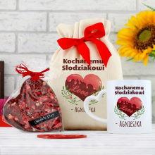 Kubek i czekolada w bawełnianym personalizowanym woreczku – Słodziak