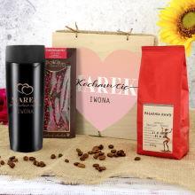 Zestaw prezentowy dla niego: kubek termiczny, czekolada i kawa - Kocham Cię