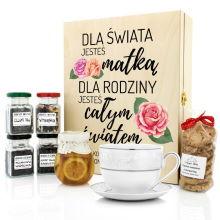 Zestaw herbat z filiżanką w skrzynce z nadrukiem dla mamy - Cały Świat