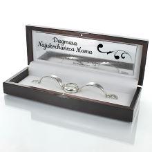 Srebrny zegarek damski w drewnianym etui na prezent dla mamy z grawerem