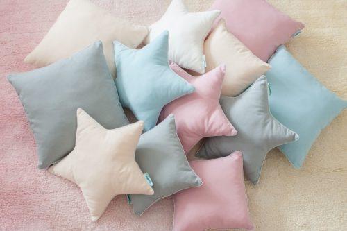 Dekoracyjna poduszka do pokoju dziecięcego classic 30×30