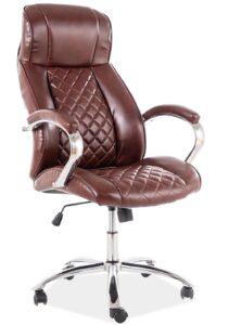 Pikowany fotel biurowy z brązowej ekoskóry q-557