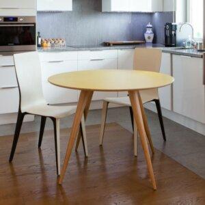 Okrągły stół jadalniany w stylu skandynawskim planet