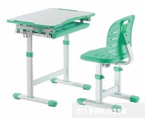Ergonomiczne krzesło i biurko dziecięce piccolino iii