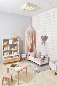 Różowy baldachim sufitowy z tkaniny lnianej