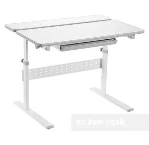 Regulowane biurko dla dziecka z pochylanym blatem colore